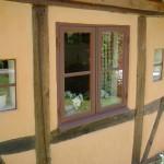 Närbild av fönster på Alunbrukets B & B